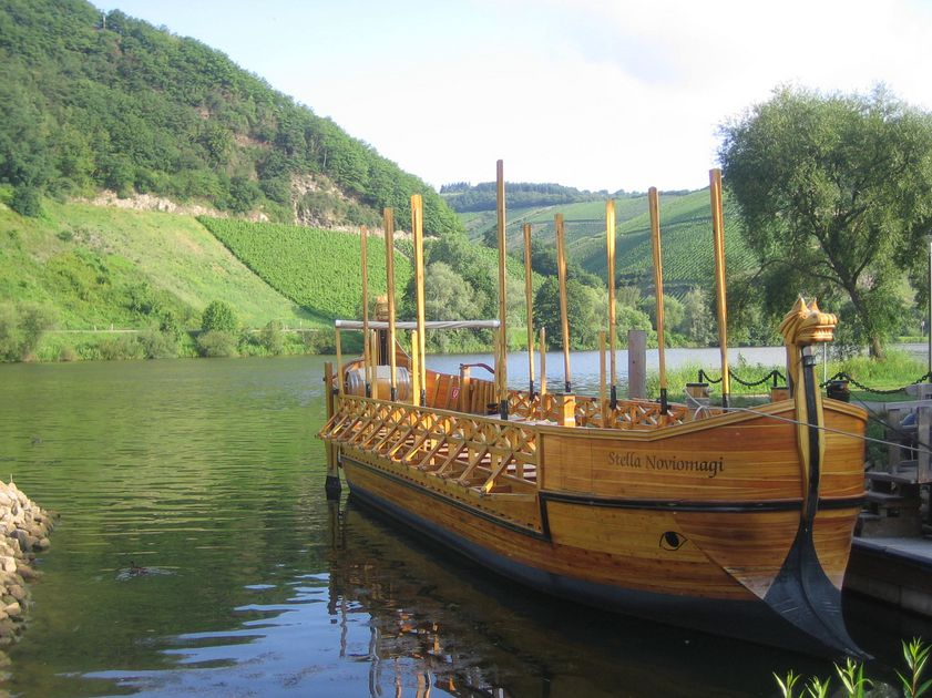 Experience the Moselle from the Roman wine ship